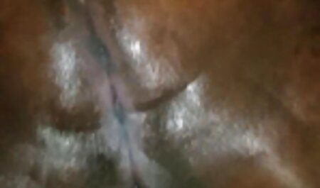 Angela mangia le dita attraverso le video amatoriali car sex calze in Bionde.